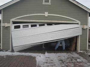 Local Garage Door Repair Company Aurora